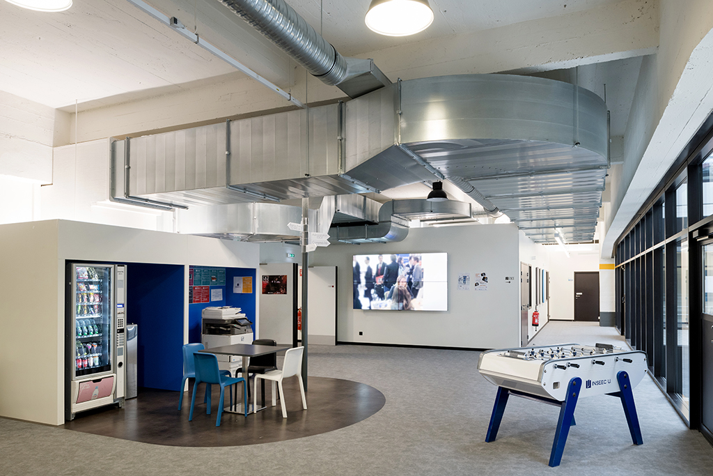 STEM - Aménagement d'un pôle bureau et de salles de cours de 1600 m2